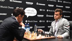So far, nine games have nine draws. Can someone be successful today? During the tenth round, Fabiano Caruana (left) and champion Magnus Carlsen. (Image: Facundo Arrizabalaga / EPA)