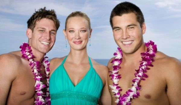 Di Hawaii, tamu hotel akan diberi sambutan berupa rangkaian bunga (foto: gettyimages)