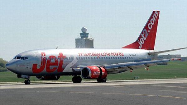 Maskapai Jet2, yang membawa Liam ke Roma tanpa tiket dan paspor (Foto: dailymail)