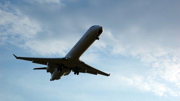 Membeli tiket pesawat murah bukan lagi masalah (Foto: babble)