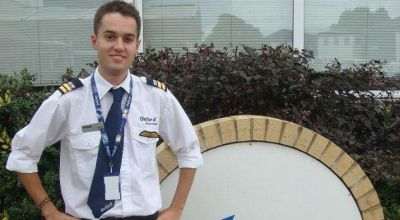 Pilot muda Ryan Irwin (Foto: The Sun)