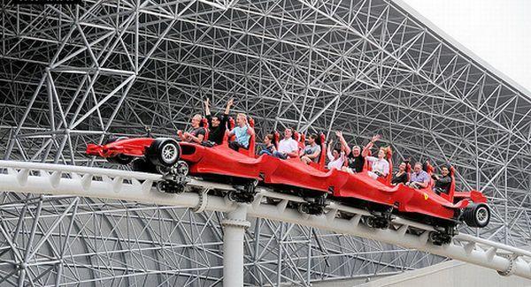 Roller coaster formula rossa di Ferrari World, Uni Emirat Arab (Foto: whotalking)