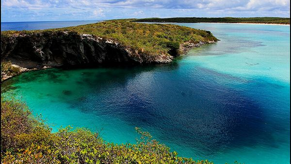 Dean's Blue Hole, Bahama (Foto: the-bahamas)