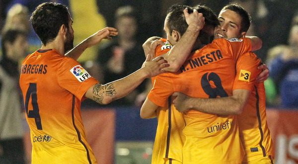 Ungkapan kebahagiaan para punggawa Barcelona usai menghempaskan Levante. (Foto: Reuters)
