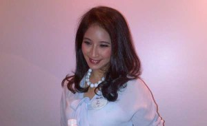 Novita Angie Ngaku Sangat Protektif