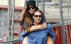 Dicium, Lady Gaga Langsung Jatuh Cinta pada Taylor Kinney