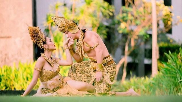pakaian Bali