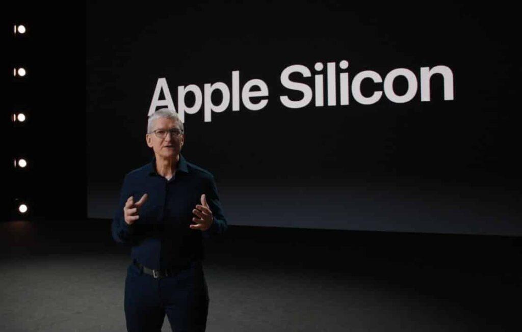 Foi durante a WWDC de 2020 que a Apple anunciou a migração dos Macs de processadores Intel para chips próprios baseados na arquitetura ARM, chamados Apple Silicon
