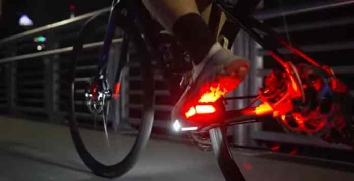 Pedais de LED prometem dar mais segurança a ciclistas