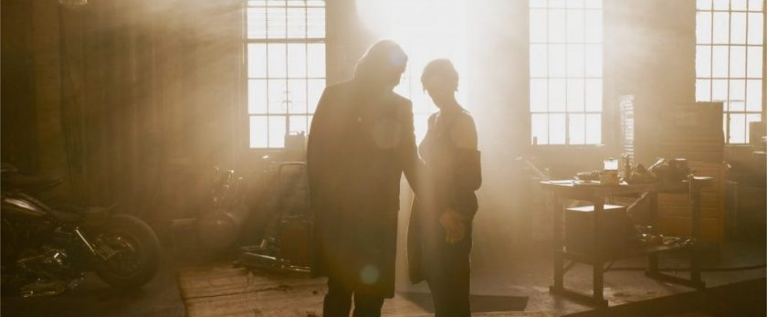 Keanu Reeves and Carrie-Anne Moss in 'The Matrix Resurrections'.  Image: Warner Bros./Disclosure