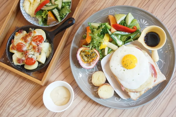 """【高雄左營早午餐】Ki's 27 早午餐  *♥早午餐""""下午茶""""鐵鍋鬆餅"""