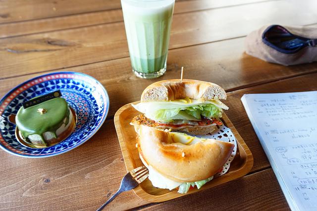 """【高雄鳥松早午餐】春正商行  *♥老宅咖啡早午餐""""好抹茶乳酪蛋糕""""抹茶甜點下午茶"""