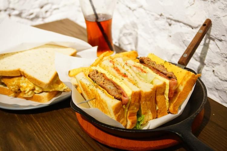 """【台北松山早午餐】非你吃三明治    捷運台北小巨蛋站""""重量級三明治"""