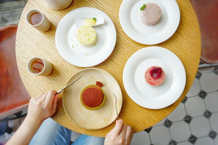 """【台中西區美食】1%bakery    小而溫暖重乳酪蛋糕""""愛從1%開始"""