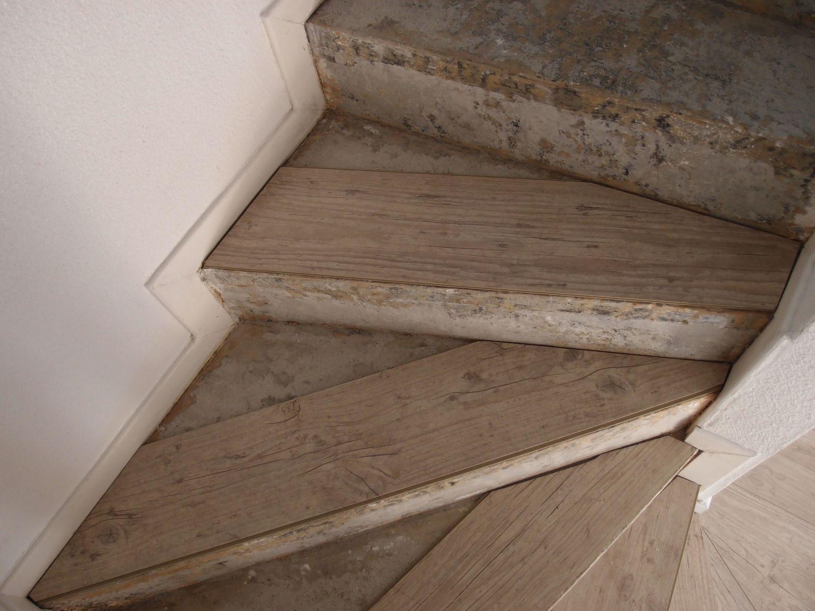Poser Du Parquet Flottant Sur Un Escalier Lesbricoleursdebutants Overblog Com
