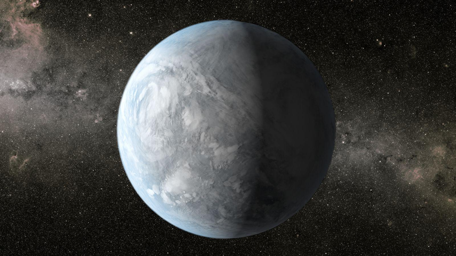 """Rappresentazioni artistiche di Kepler-62e (in alto) e Kepler-62f (in basso). <span class=""""di"""">Cortesia: NASA Ames/JPL-Caltech</span>"""