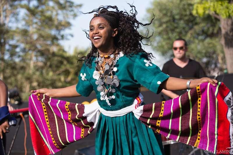 Tabaamrant, célèbre chanteuse Amazighe, et le groupe Selamnesh & Badume's Azmari Band venu d'Ethiopie.