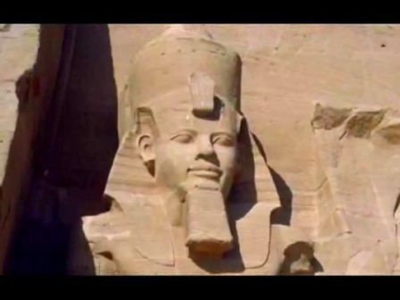 A Nubian pharaoh, It's sick how they completely separated Nubia from Egypt (racially,historically even culturally...)