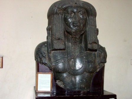 the conquerors of Egypt was unable to stand the look of an African aka Black person in a position of strength/majesty/power/royalty  and they insecurity drove them to deface/mutilate the faces of most of the Egyptian statues that display their real origin as Afican