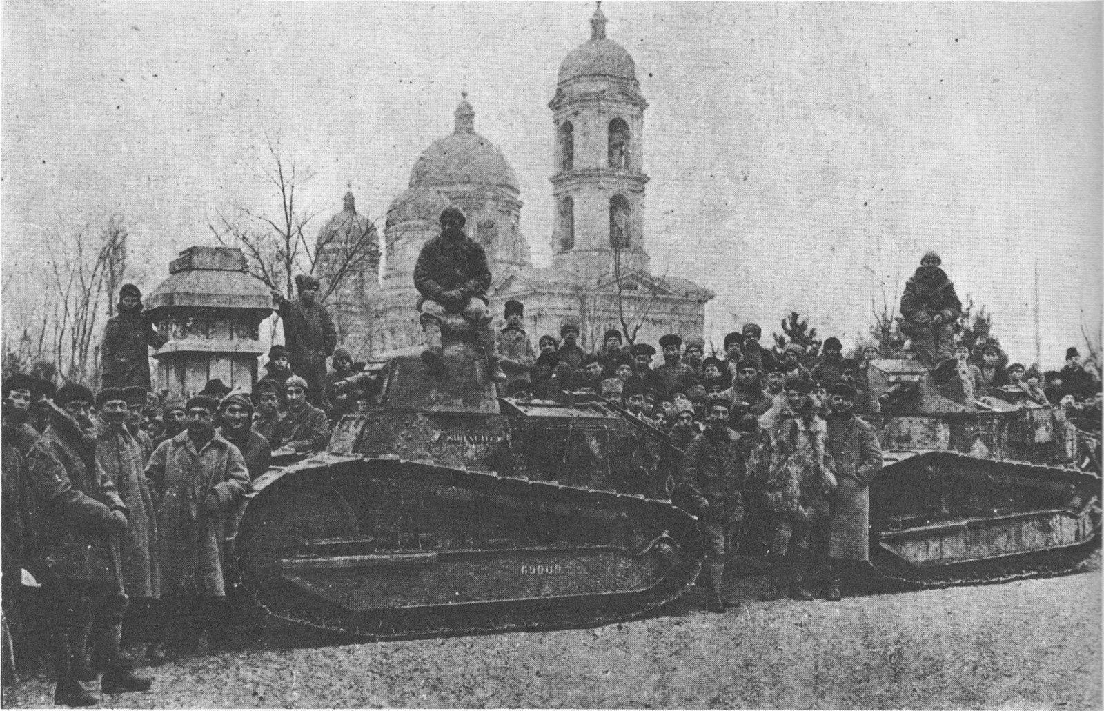 Chars français (Renault) à Odessa 1918-1919 (L Renault remettra le couvert avec les armées nazies 22 ans plus tard)