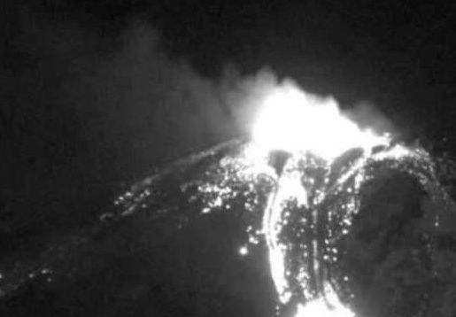 Nevados of Chillan - 12.05.2019 - webcam Sernageomin
