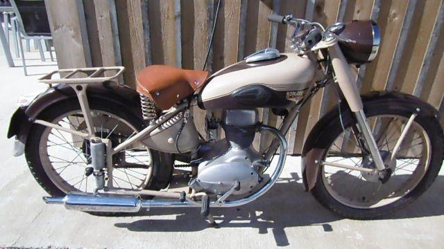 motoconfort 125 a vendre hobbiesxstyle. Black Bedroom Furniture Sets. Home Design Ideas