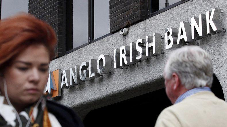 L'Irlande envoie trois banquiers en prison pour leur rôle dans la crise financière de 2008