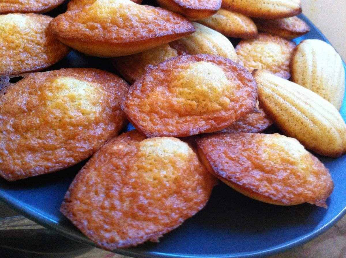 Des madeleines parfumées à l'amande et à la fleur d'oranger pour le goûter du dimanche