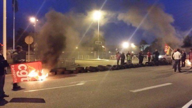 Les opposants à la loi Travail ont mis en place des barrages filtrants devant la Socamil. (photo d'illustration : D.R)