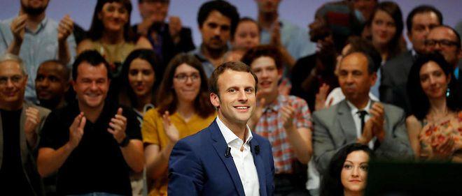 """""""Comment Macron tisse sa toile dans le pays..."""" commente avec satisfaction le 'News' de l'oligarque François Pinault"""