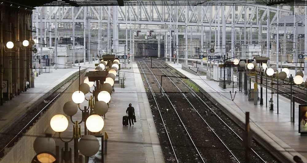 SNCF : la CGT appellera « les cheminots à agir massivement par la grève le 2 février 2017 [...] si la direction s'obstinait à ne pas répondre aux légitimes revendications ».