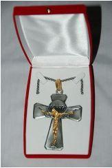 Réédition de la croix du père CASTA aumônier parachutiste