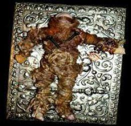 Une poupée vaudou