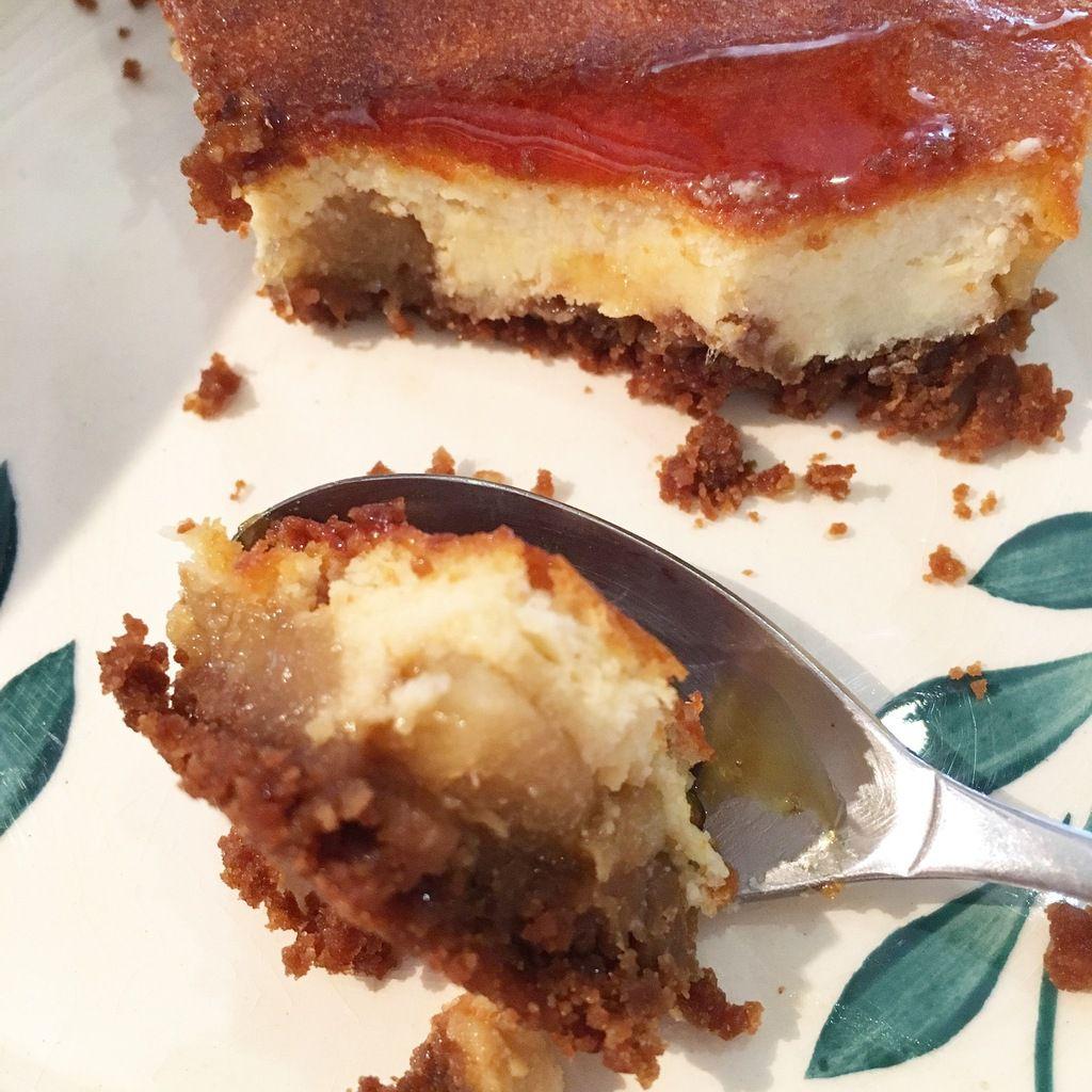 Tarte façon cheesecake aux poire caramélisées