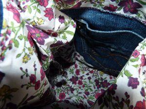 """Sac à main dans l'esprit """"upcycling"""" : utilisation de bouts de pantalons (jambes et poches), tissus liberty (clic clic pour agrandir les photos!)"""