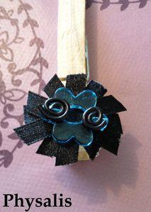 bague fleur noir et bleu