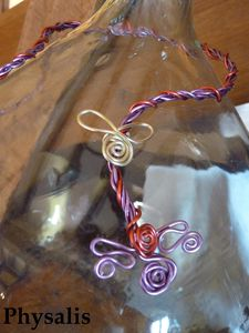 collier torsadé rouge et mauve2