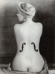 man-ray-le-violon-dingres-1924.jpg