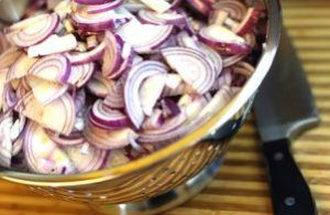red onion marmalade - onions, sliced