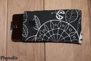 pochette portable tissu noir et blanc