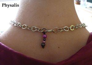 dos collier rose et noir