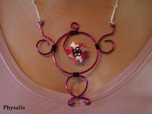 collier alu rose