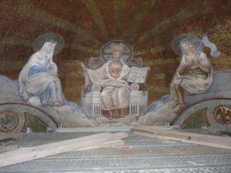 P1130048 Restauration des peintures murales du choeur de l'église de Seuzey