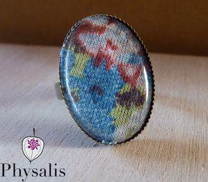 bague cabochon tissu fleuri bleu