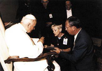 Résultats de recherche d'images pour «histoire du rosaire de l'enfant à Naître pour arrêter l'avortement»