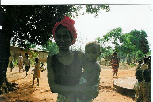 jeune-maman-de-ouango-21.jpg