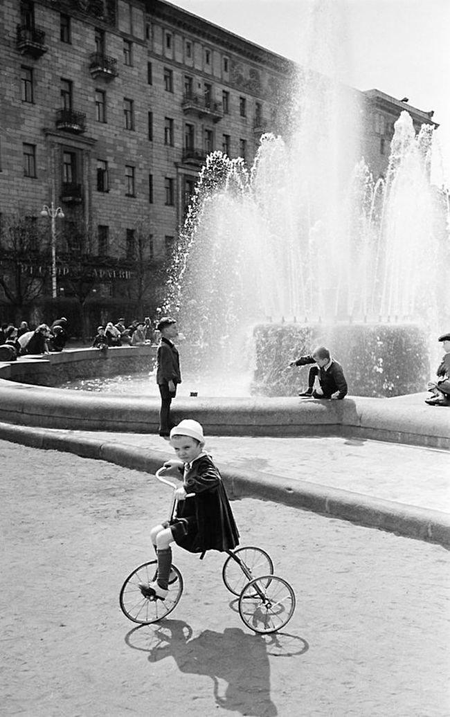Суровая велосипедистка СССР, детство, фотографии