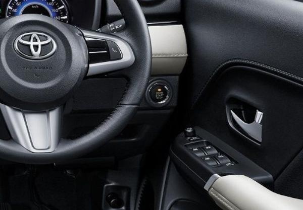 Toyota Rush 2018 steering wheel