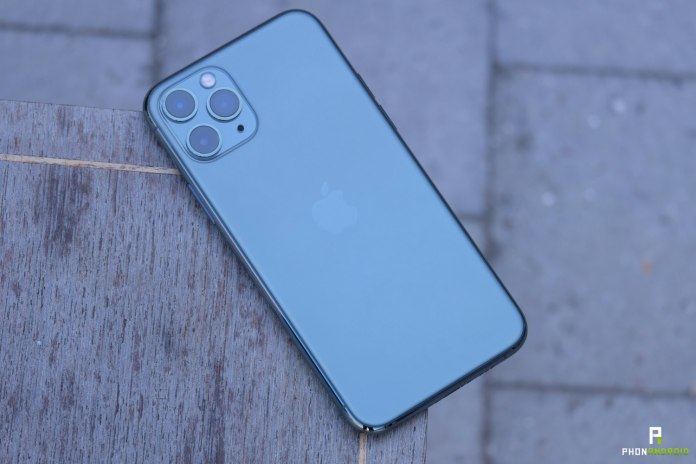 Iphone 11 Pro Test Apple Is Back At The Top But At What