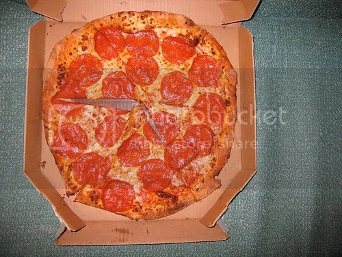 Vs Tossed Hand Brooklyn Style Pizza